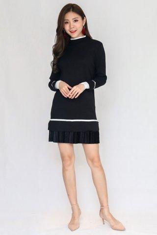 Winterland Knit Dress In Black