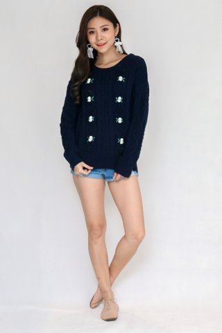 Bed Of Roses Pullover In Navy