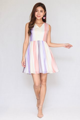 Over The Rainbow Dress in Light Colours (Size L)