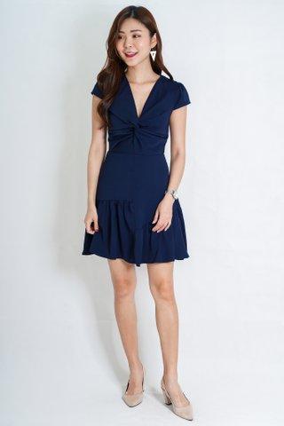 Bel Sleeve Dress In Navy