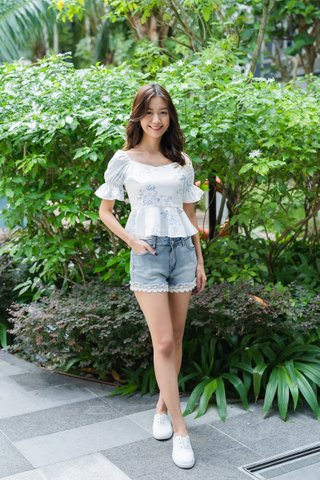 Stacie Puffy Sleeves Top in White