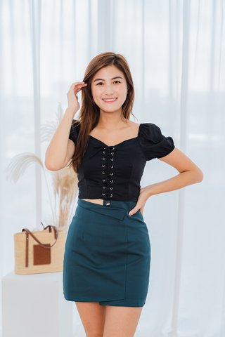 Hamaad Skorts In Forest Green