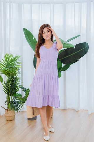 Flakes Eyelet Dress In Lilac