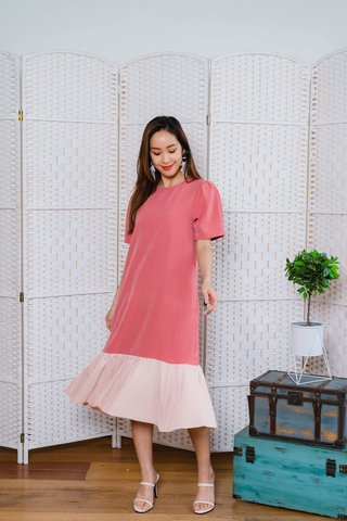 Rowse Colour Block Pleat Hem Dress In Rose Pink/Nude