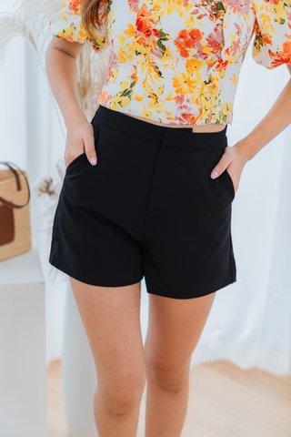 Bernice Shorts In Black