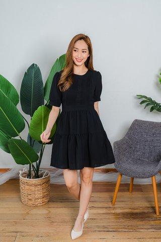 Yvette Sleeve Tier Dress In Black
