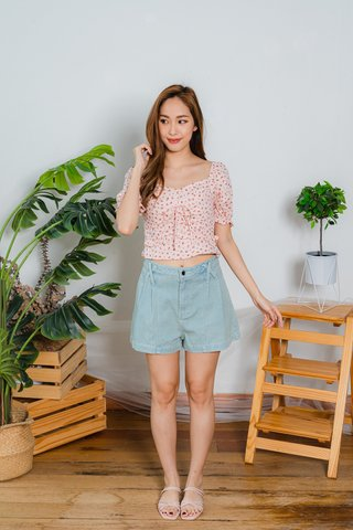 Genevieve Roses Floral Top In Pink