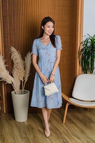 Hersey Floral Midi Dress In Sky Blue