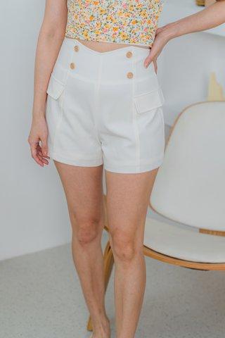 Blake High Waist Buttons Shorts In White