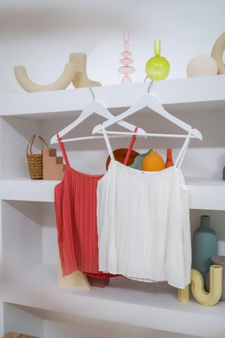 Carly Two Way Pleated Top In Coral