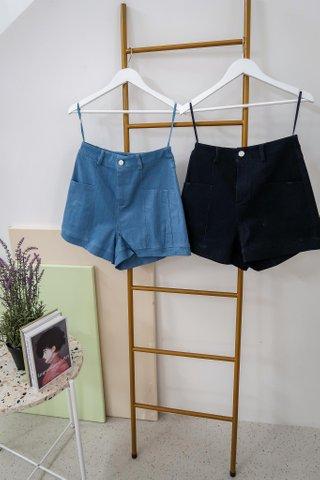 Regina Denim Pockets Shorts In Dark Wash