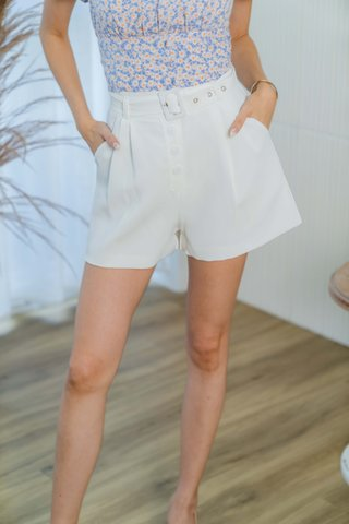 Hadley Paperbag Belted Shorts In White