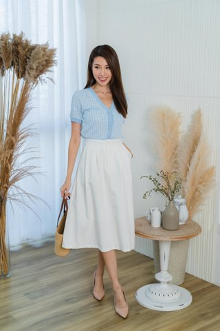 Kate Houndstooth Top In Baby Blue