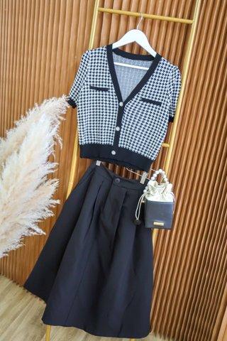 Hannah Midi Skirt In Black