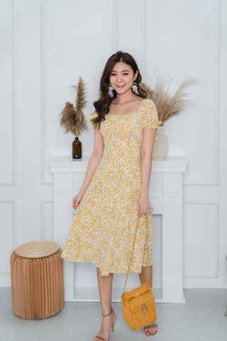 Camille Ruched Floral Midi Dress In Yellow