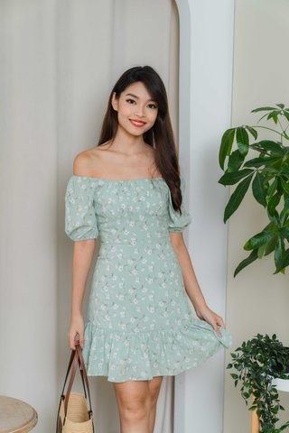 Selena Ruched Floral Dress In Sage Green